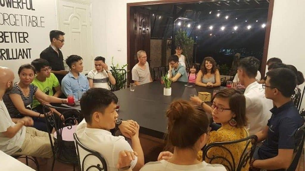 CouchSurfing Hanoi English club
