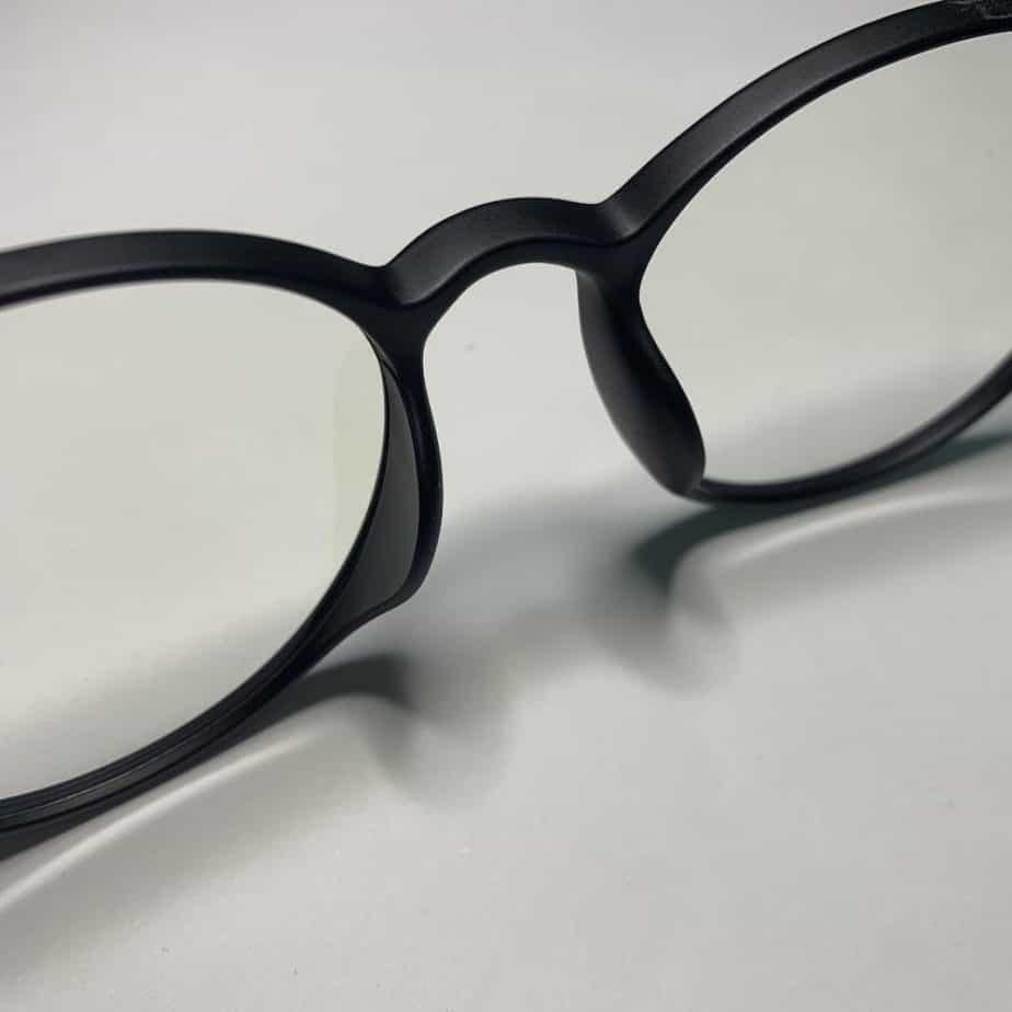 đệm mũi kính matti