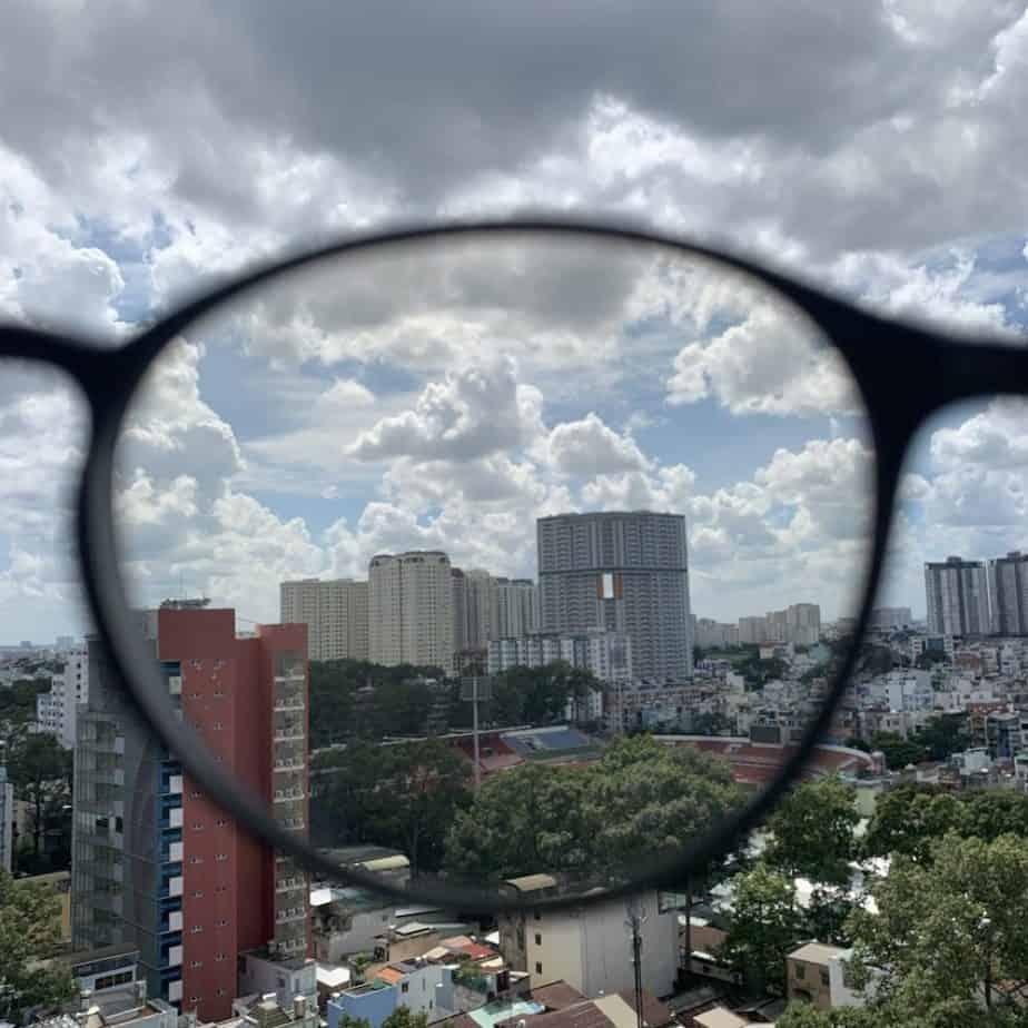 test kính matti ngoài trời