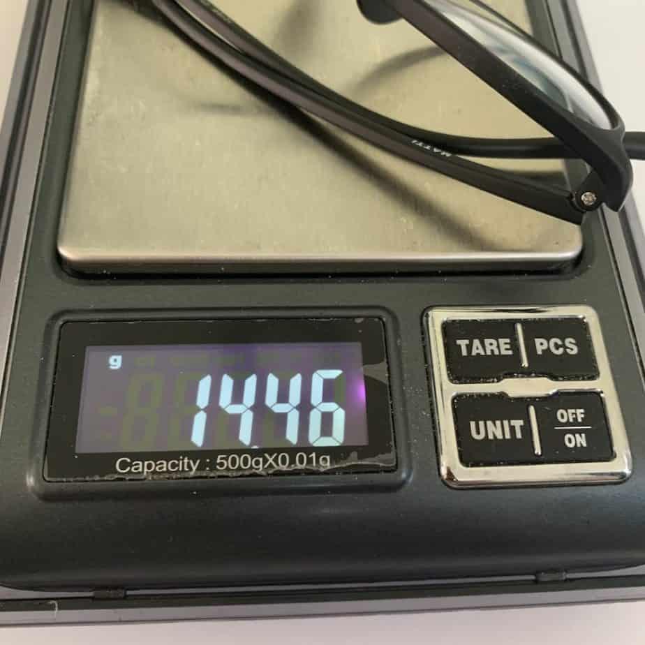 trọng lượng kính matti